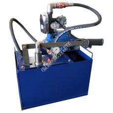 Насос опрессовочный электрический+ручной УГО-30Э (Pmax=30 атм, Qmax=10 л/мин, 220В, с баком 45 л)